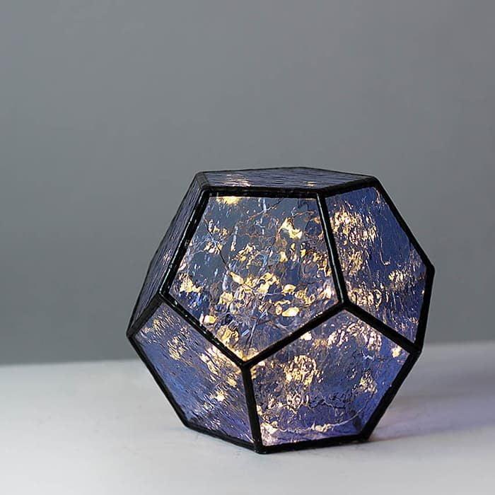 Geometric Table Decor