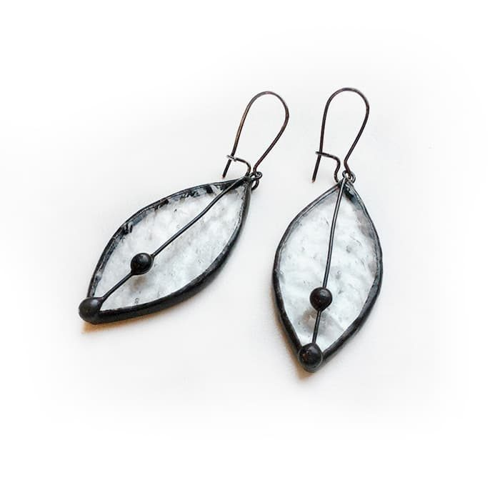 clear_leaves_earrings2