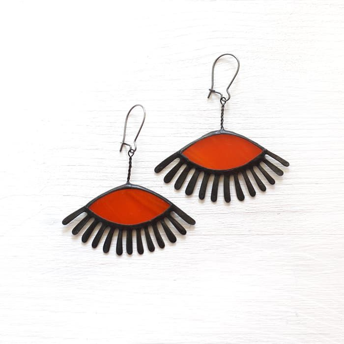 orange-eye-lashes-earrings-1