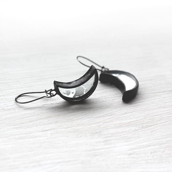 silver-half-moon-earrings-3
