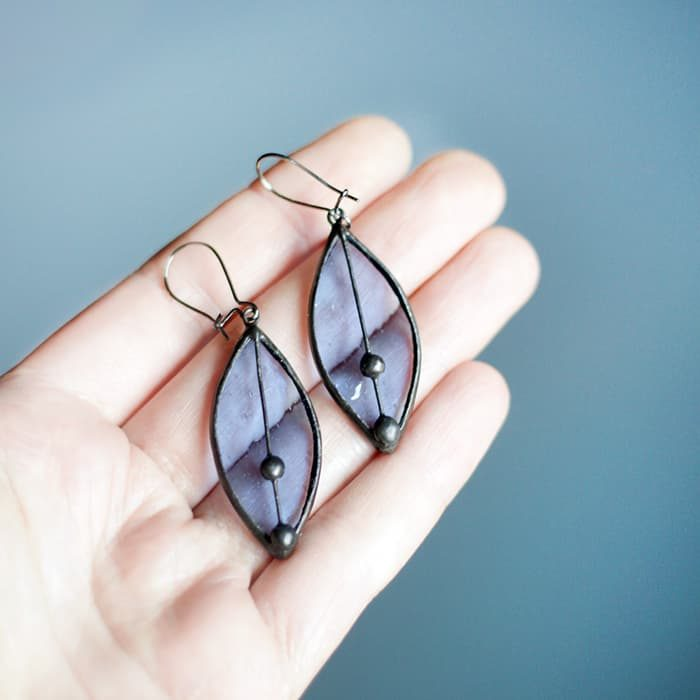 transparent-blue-leaves-earrings-stained-glass4