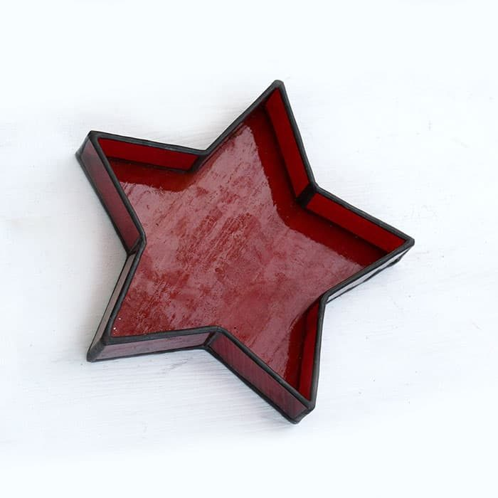 Red Star table decor