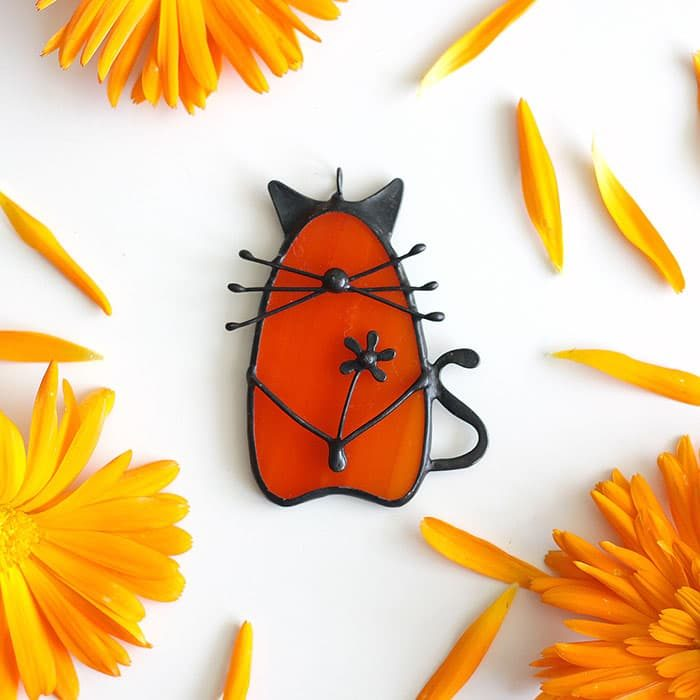 orange-red-cat-with-flower-artkvarta-autumn-decor-4